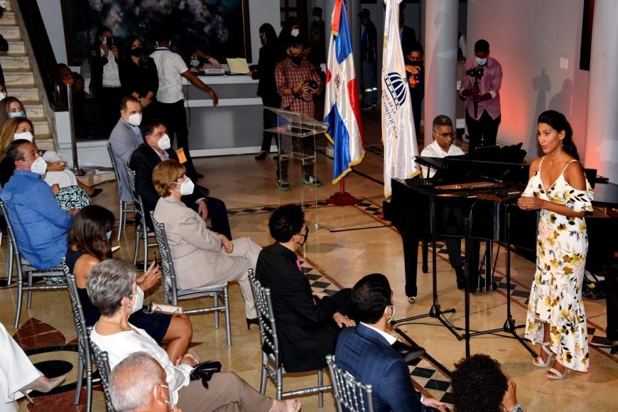 Cultura presenta recital de lujo con la soprano Nathalie Peña Comas