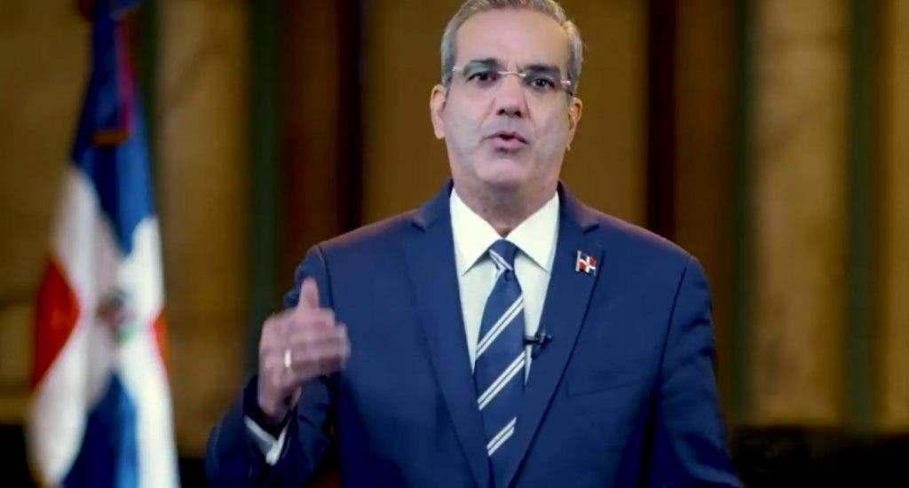 Presidente Abinader revela que vacunas llegarán en la próxima semana
