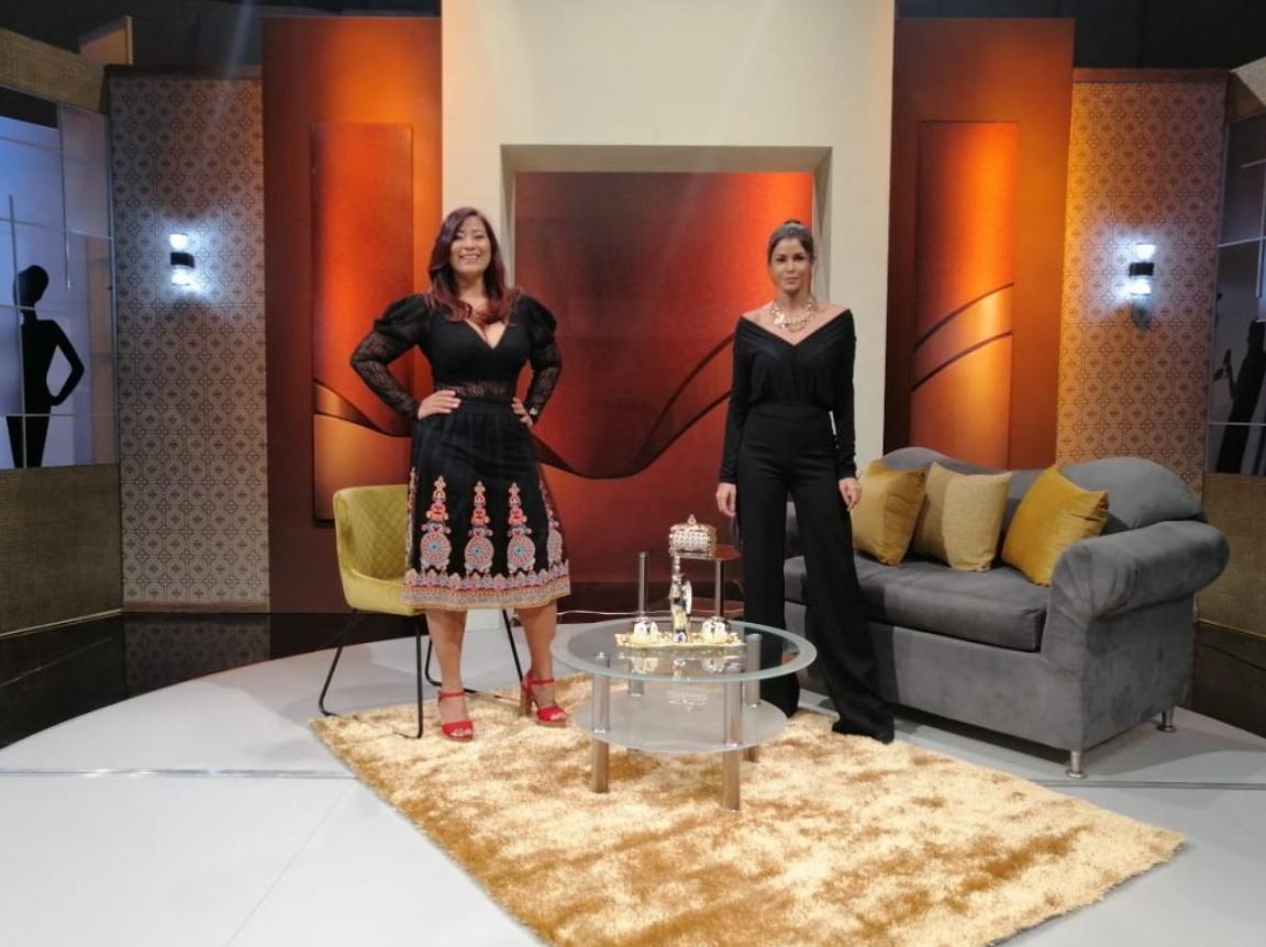 Evelina Rodríguez llega al programa Fiestas y Personalidades