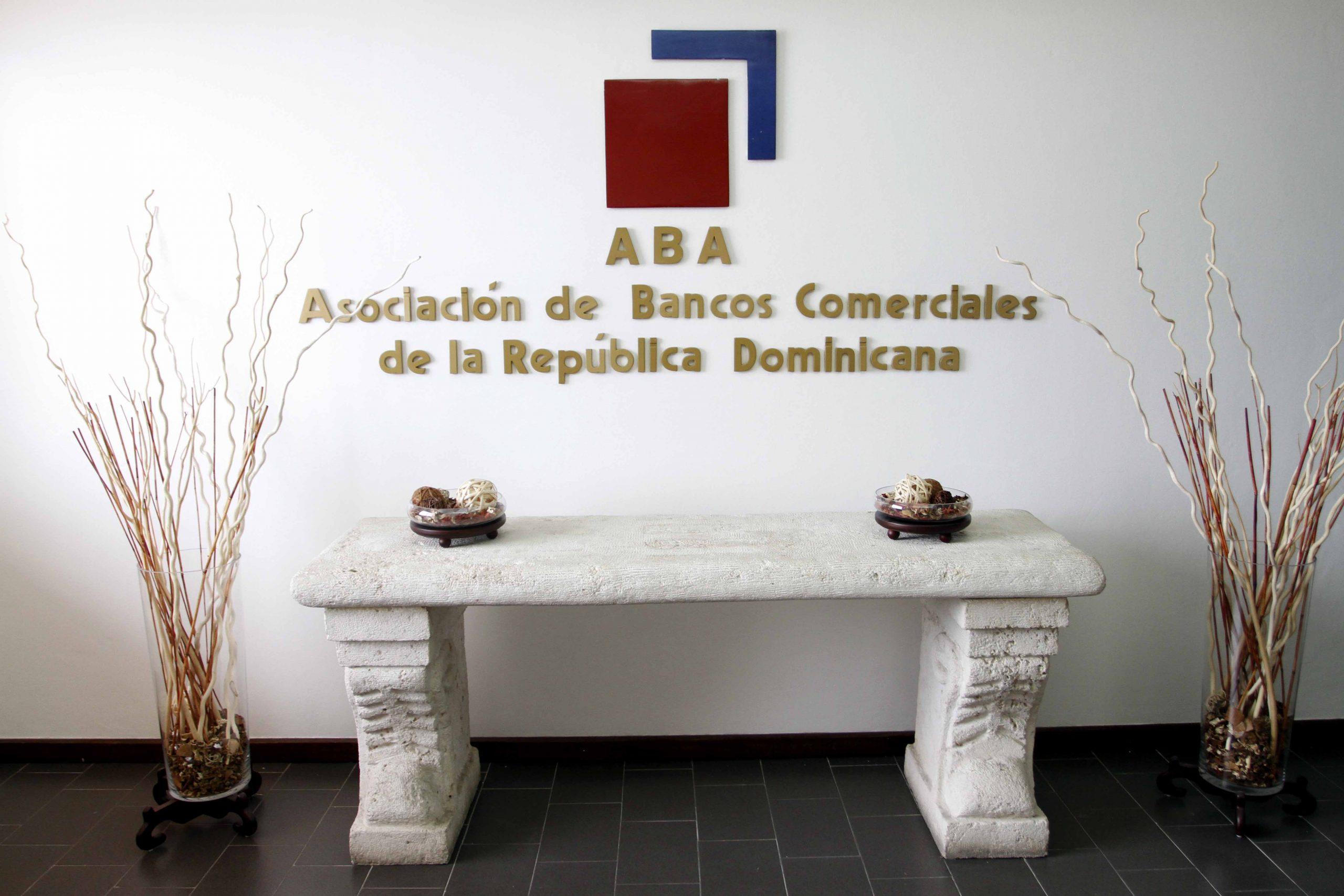 Los bancos comerciales con nuevo horario sabatino