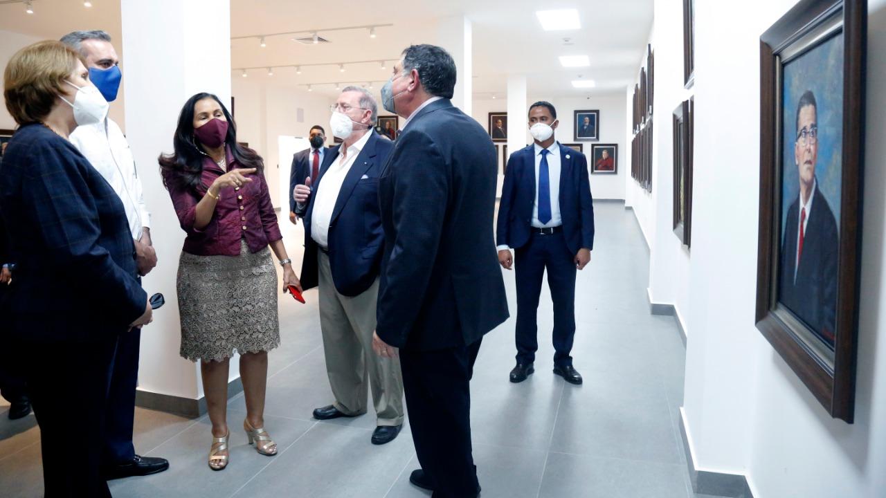 Abinader inspecciona trabajos museos Plaza Cultura Juan Pablo Duarte
