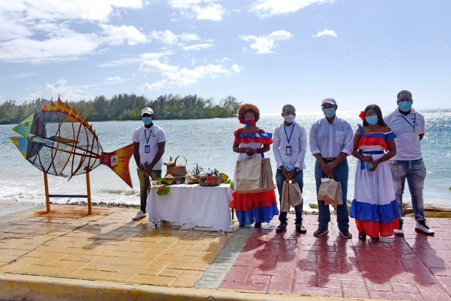 Ministra de Cultura visita espacios culturales de Boca Chica