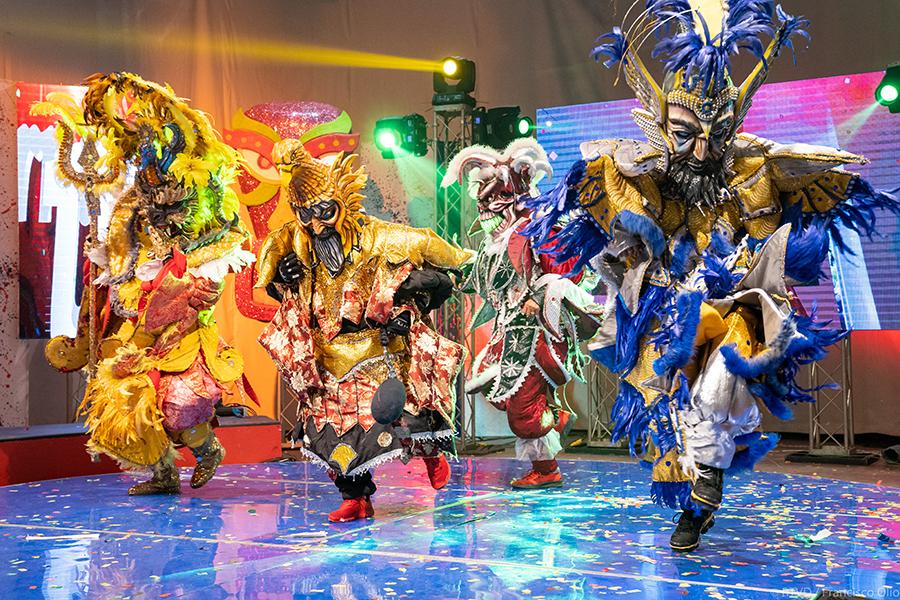 """No olvides sintonizar hoy  a las 2:00 PM nuestra """"Fiesta de carnaval en casa"""" por tu canal 4RD"""