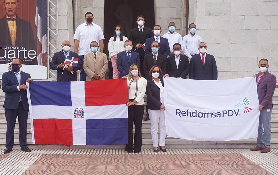 Refinería Dominicana de Petróleo realiza ofrenda floral para celebrar el 177 Aniversario de la Independencia Dominicana