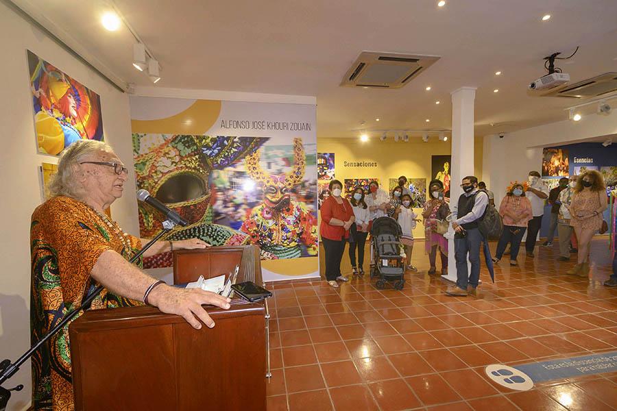 Exposición de Carnaval en el Centro Cultural Banreservas honra al fotógrafo Alfonso José Khouri