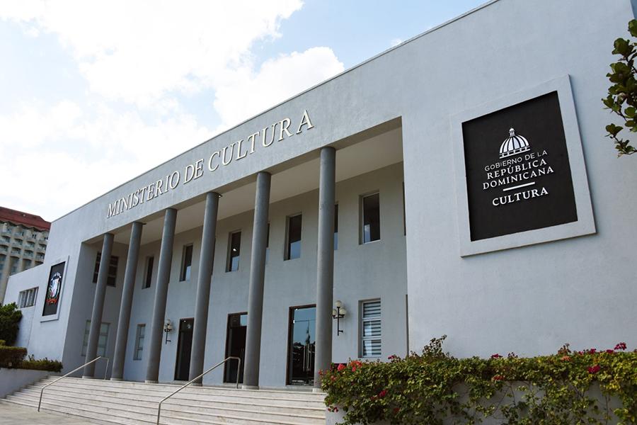 Presidente Abinader designa 15 miembros en el Consejo Nacional de Cultura