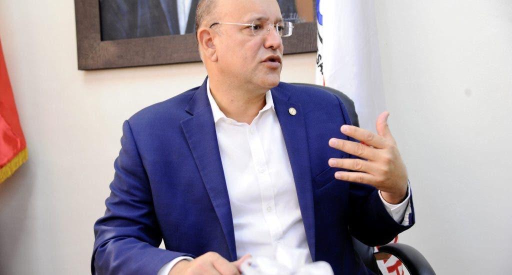 Gobierno planea recuperación y más empleos en zona franca de Moca