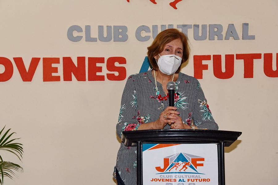 Ministra de Cultura realiza recorrido por espacios culturales de Boca Chica
