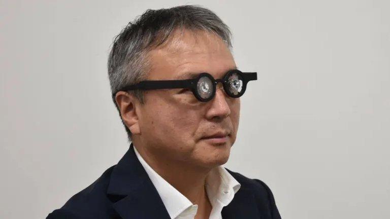 Anteojos japoneses que prometen corregir la miopía sin cirugía, ya están a la venta