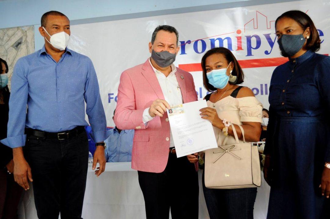 Promipyme presta 50 millones de pesos en El Seibo y Hato Mayor