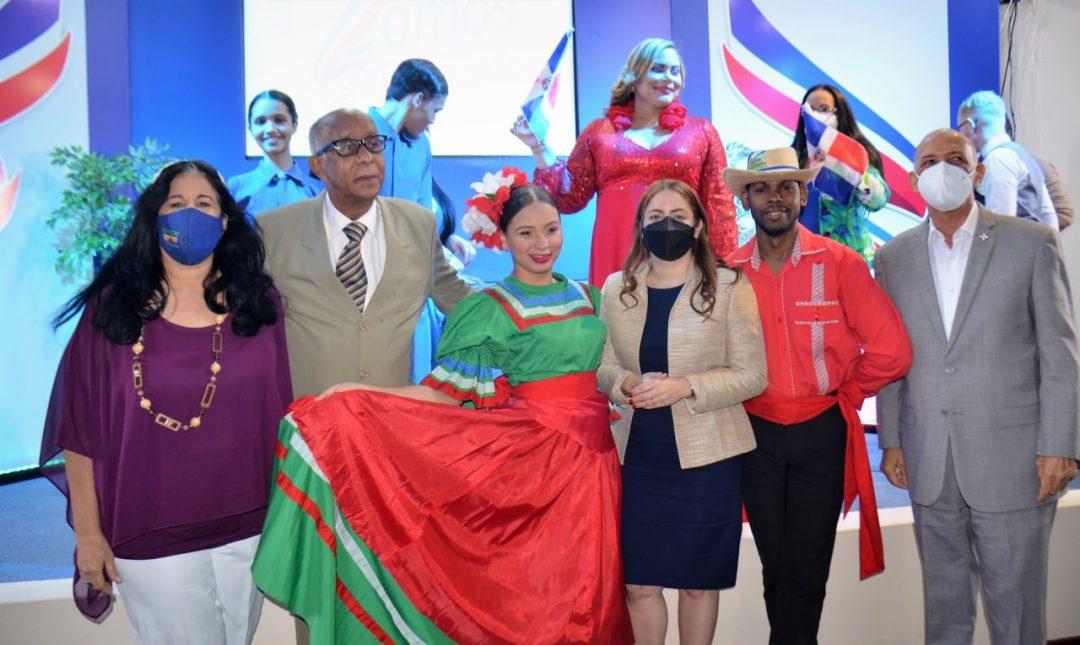 Presentan recital poético musical 'Somos Patria'