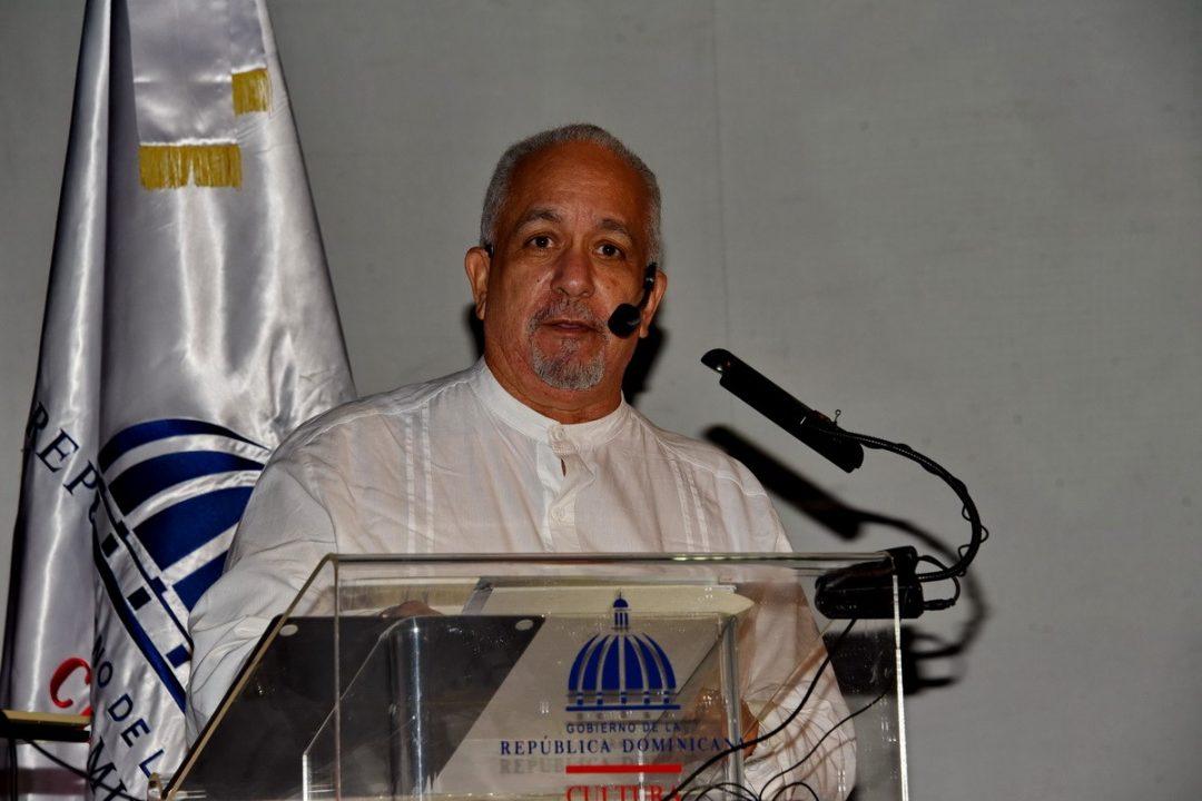 "Ofrecen charla ""Juan Pablo Duarte, Padre del Teatro""."