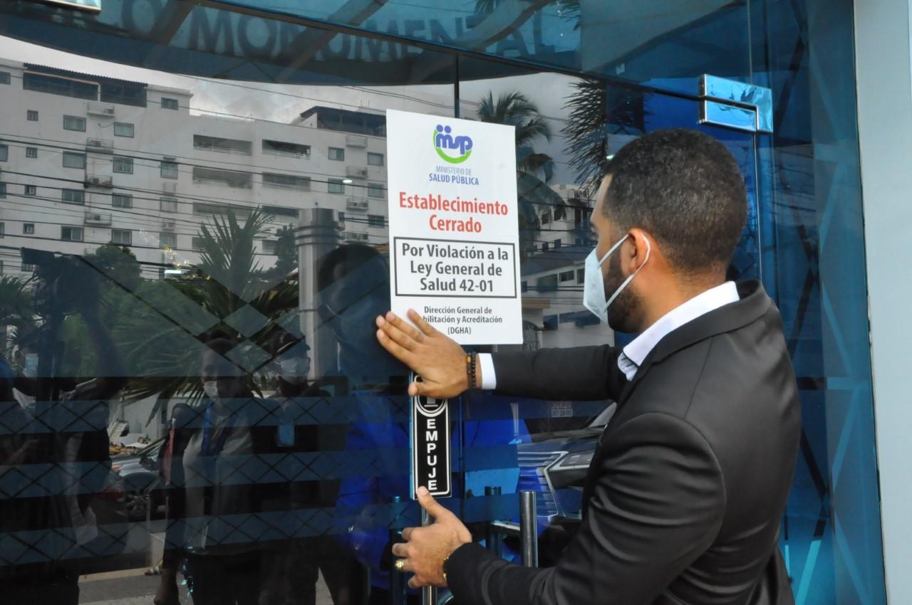 MSP cierra Centro Médico Monumental por incumplir Ley de Salud y reglamento 11-3