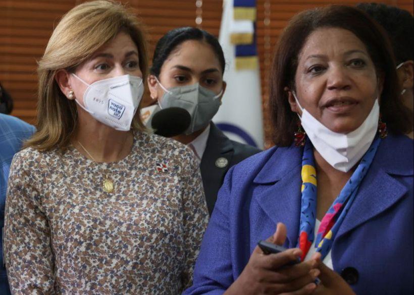 Vicepresidenta Raquel Peña supervisa desarrollo de VacúnateRD en su Fase 1D
