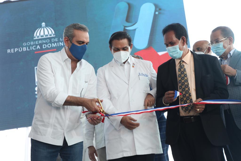 Abinader deja en marcha sala de emergencias Hospital Regional Universitario San Vicente de Paúl