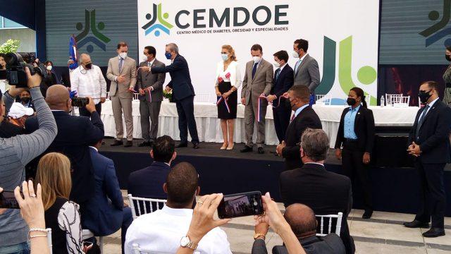 Abinader preside inauguración del centro de especialidades médicas CEMDOE