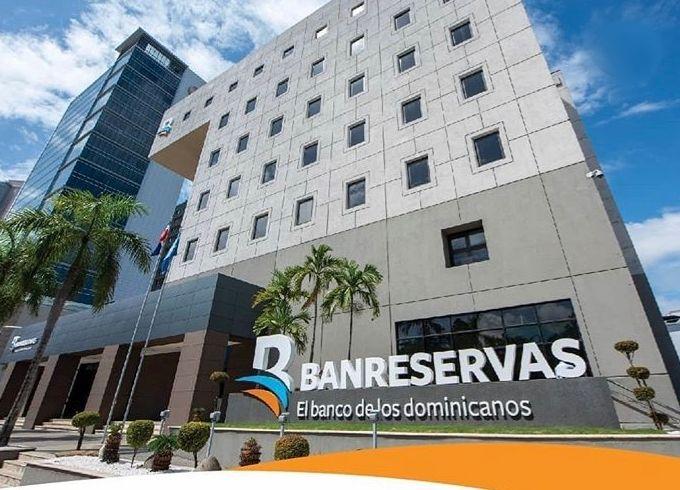 Banreservas entre los 50 bancos más grandes de América Latina
