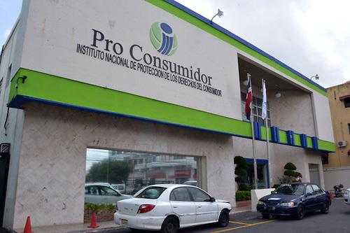 Pro Consumidor envía a Procuraduría nuevos expedientes por venta de bebidas adulteradas