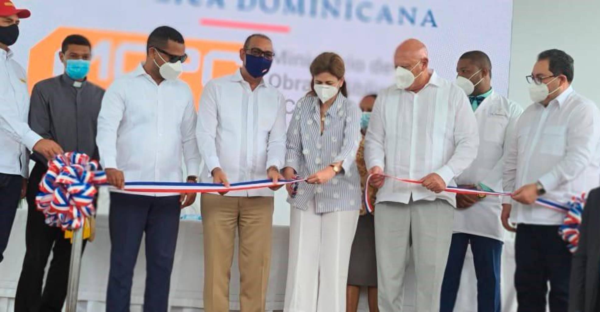 Obras Públicas inaugura hospital en Las Terrenas