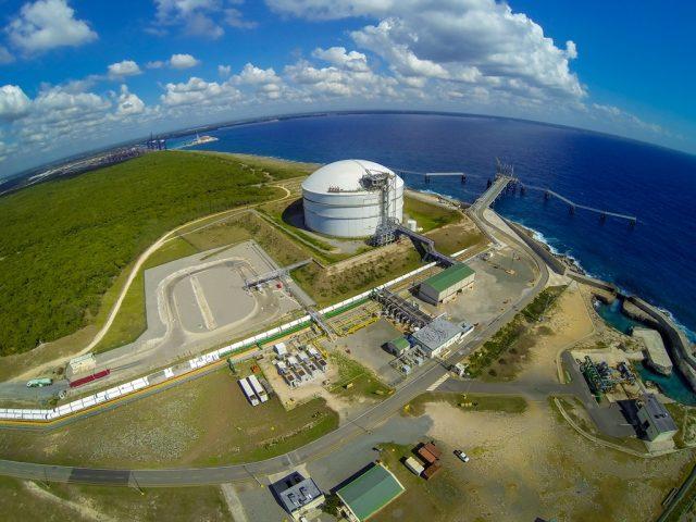 Con la presencia de Abinader, AES Dominicana inaugura primera planta de operación 100% renovable