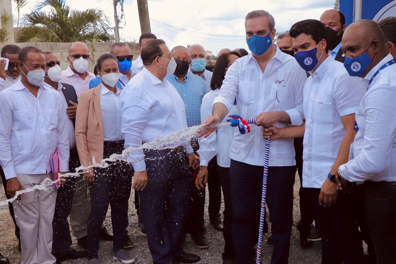 Presidente Abinader inaugura en Hato Mayor sistema de agua potable en beneficio de 6,500 comunitarios