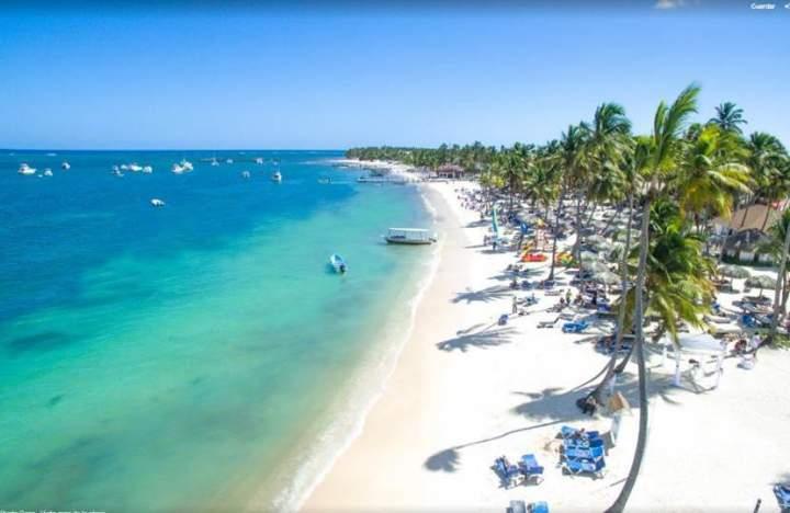 Ministro Collado revela que el mes de abril es el mejor para el turismo
