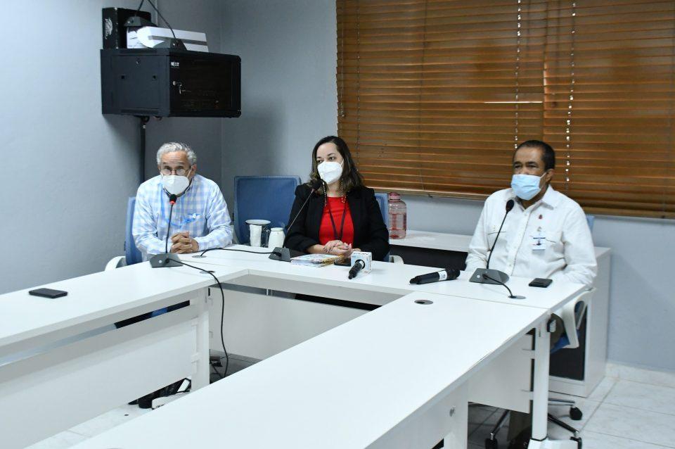 """Ministerio de Salud aborda tema sobre """"Prevención del suicidio"""""""