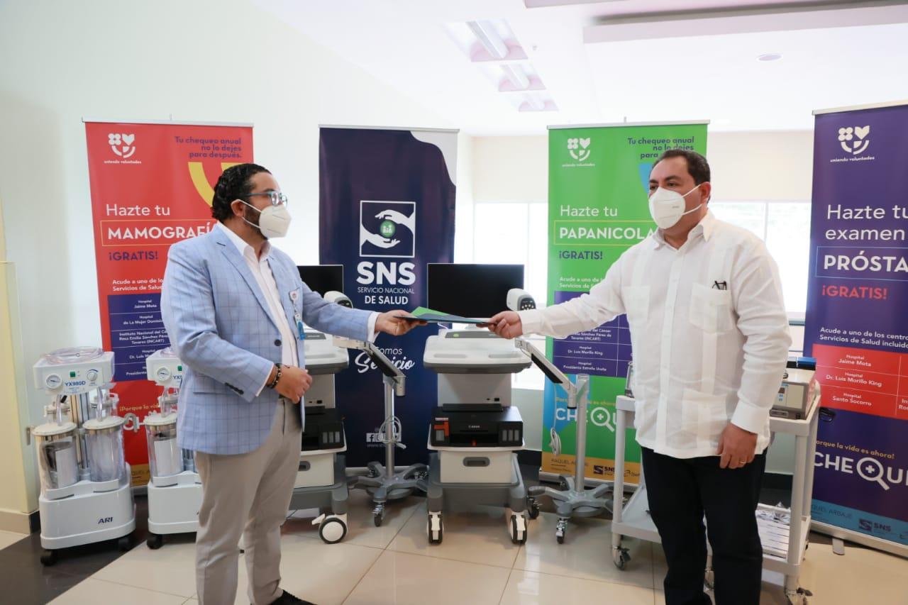 Servicio Nacional de Salud entregó equipos médicos a Hospital Materno Reynaldo Almánzar