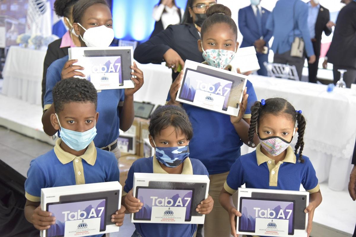 Pediatras recomiendan medidas preventivas de salud ante el regreso a clases