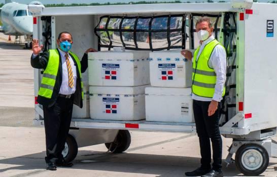 Gobierno dominicano envía donación de vacunas contra el COVID-19 a Guatemala y Honduras
