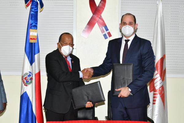 PROMESE/CAL y CONAVIHSIDA firman acuerdo en beneficio de las personas que viven con VIH/SIDA