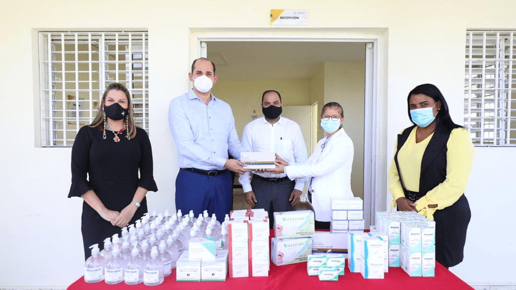 Defensor del Pueblo y Promese/CAL entregan medicamentos a menores privados de libertad